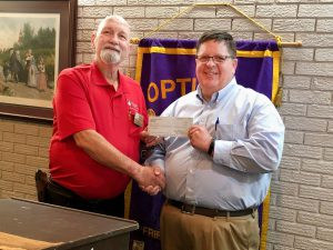 Hamasa Recorder Richard Whitehead (L) receive donation for the Hospital Travel Fund from DTOC Vice-President Ken Kerchival (R). Photo by Randy Rives