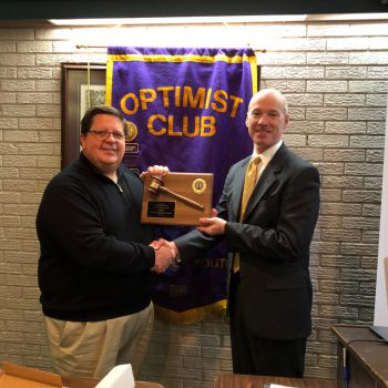DTOC President Ken Kercheval Presents Award To Past President Lee Thaggard